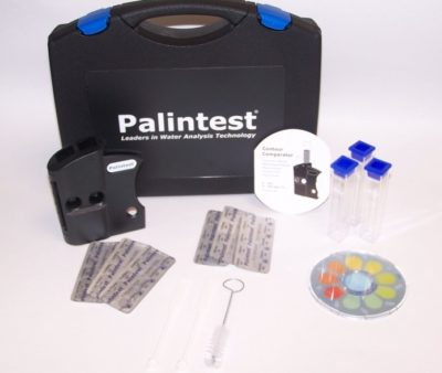 Image of the Contour Comparator CHlorine Test Kit that measures total chlorine from 0 - 250 parts per million.
